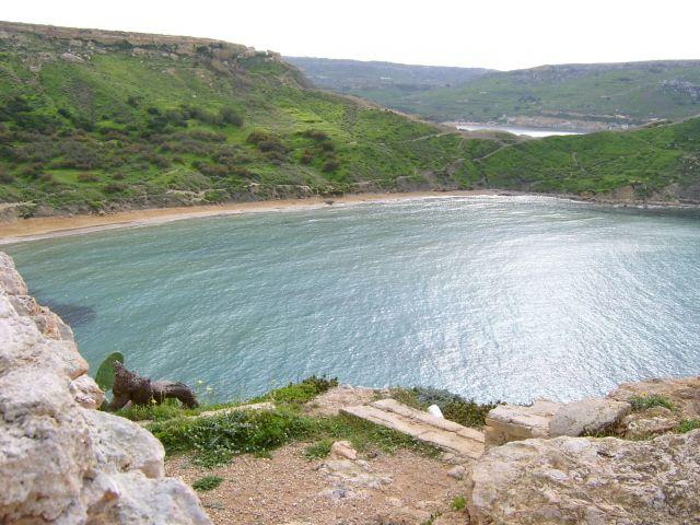 Zdjęcia: wysepka, zachodnia część Malty, Gnejna bay, MALTA