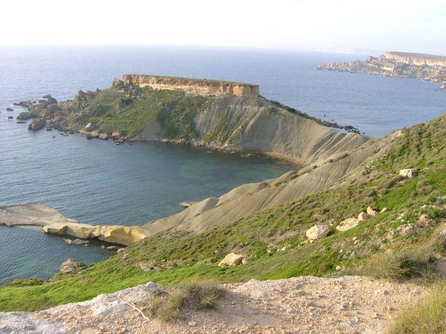 Zdj�cia: wysepka, zachodnia cz�� Malty, Gnejna -Bay, MALTA