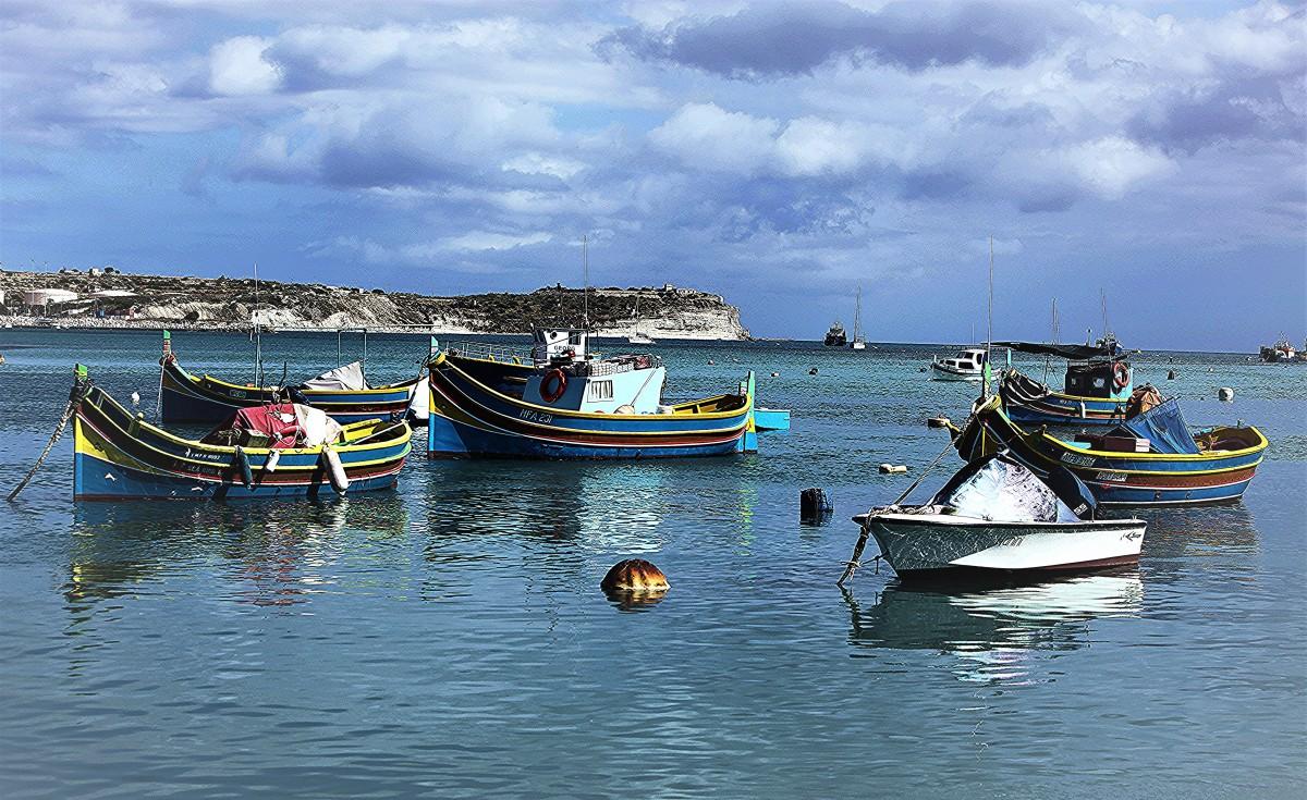 Zdjęcia: Marsaxlokk , Malta Południowo-wschodnia, W porcie, MALTA