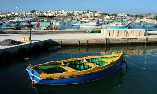 MALTA / Malta / Marsaxlokk / Kolorowe łodzie
