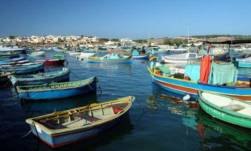 MALTA / - / Marsaxlokk / Dla miłośników łódek