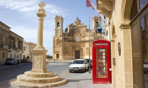 Zdjecie MALTA / Gozo / Gharb / Barokowy kościół parafialny we wsi Għarb