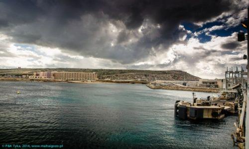Zdjecie MALTA / Malta / Cirkewwa / Odbijamy z portu w Cirkewwie