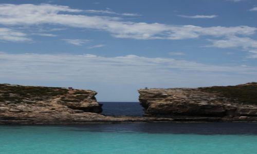 Zdjecie MALTA / Wyspa Comino / Błękitna laguna / Kamienne wrota