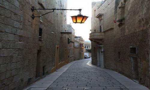 Zdjęcie MALTA / Malta centralna / Mdina / Uliczka