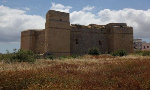 Zdjęcie MALTA / Malta Południowo-wschodnia / Marsaskala / Wieża św. Tomasza