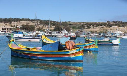 Zdjecie MALTA / Marsaxlokk / Port rybacki / Luzzu