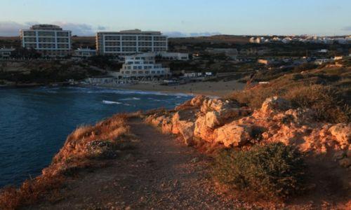 Zdjęcie MALTA / Melieha / Golden Bay / Golden Bay o zachodzie słońca