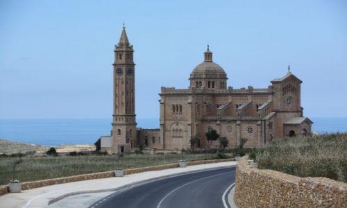 Zdjęcie MALTA /  Gozo /  Ta 'Pinu / Narodowe Sanktuarium Matki Bożej z Ta 'Pinu