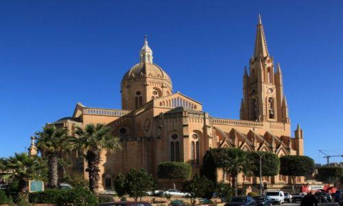 MALTA / Gozo / Gnajnsielem / Kościół parafialny pw. św Małgorzaty z Antiochii