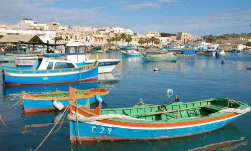 Zdjecie MALTA / - / Marsaxlokk / łódka.