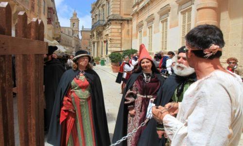 Zdjęcie MALTA / Malta centralna /  Mdina / Średniowieczne scenki