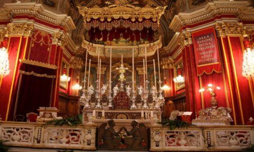 Zdjęcie MALTA / Valletta  / Floriana / Katedra św. Publiusza, ołtarz