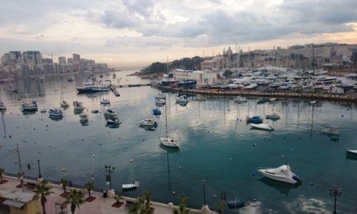 Zdjecie MALTA / Sliema  / Malta / Bay