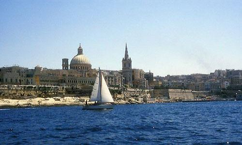 Zdjecie MALTA / brak / Valletta / Valletta - widok z zatoki Marsamxett