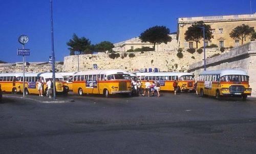 Zdjecie MALTA / brak / Valletta / Valletta - Dworzec autobusowy