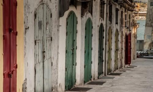 Zdjęcie MALTA / Valetta / miasto / Drzwi...