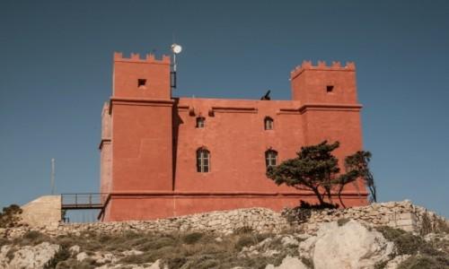 MALTA / Malta / Malta / Czerwona wie�a
