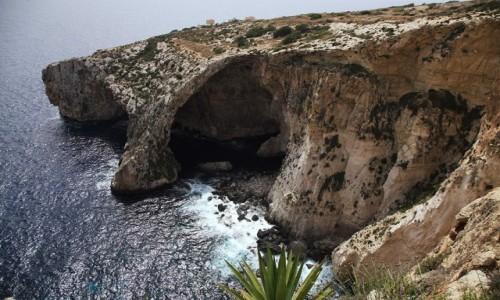 Zdjecie MALTA / Malta południowa / Wied iż-Żurrieq / Błękitna grota