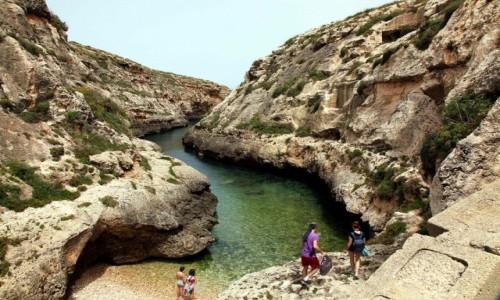 MALTA / Gozo / Wied il-Ghasri / Kąpielisko (dla wtajemniczonych)
