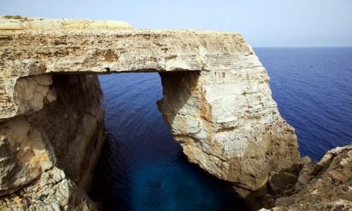 MALTA / Gozo / Wied il-Mielah  / Lazurowe okno, mniej znane, lecz równie okazałe