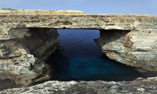 Zdjęcie MALTA / Gozo / Wied il-Mielaħ / Łuk, a może okno