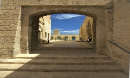 Zdjecie MALTA / Vittoriosa (Birgu)  / Fort Saint Angelo / Schody