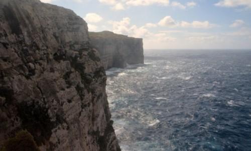 Zdjecie MALTA / Gozo / Zatoka Dwejra / Faleza na Gozo