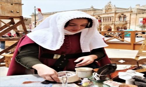 Zdjecie MALTA / Mdina / Festiwal Średniowieczny / Ta, która wie jak namieszać
