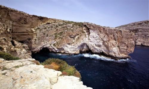 Zdjęcie MALTA / Malta południowa / Wied iż-Żurrieq / Ukryte groty