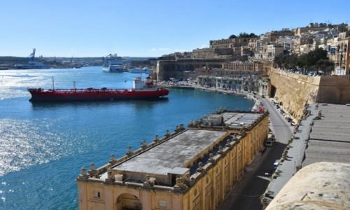 Zdjecie MALTA / wschodnie wybrzeże / Valletta / Widok na Grand Harbour