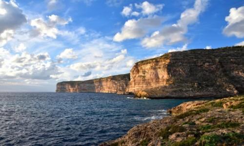 MALTA / wyspa Gozo / południowo-zachodnie wybrzeże Gozo / Zatoka Xlendi