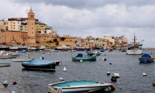 MALTA / wybrzeże wschodnie / Marsaskali / Port w zatoce Marsaskali