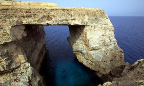 Zdjęcie MALTA / Gozo / Lazurowe okno w Wied il-Mielaħ / Warto zobaczyć