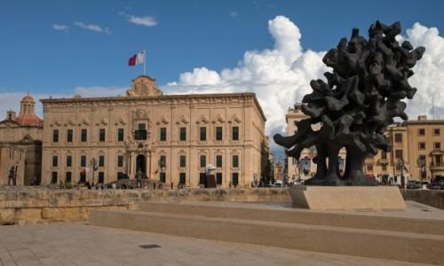 Zdjecie MALTA / Malta / La Valletta / Płomień, który nigdy nie gaśnie