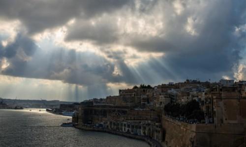 Zdjecie MALTA / Malta / La Valletta / Et non erat lux ;-)