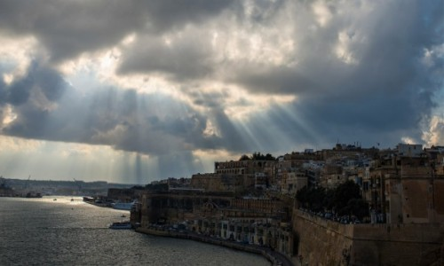 Zdjęcie MALTA / Malta / La Valletta / Et non erat lux ;-)