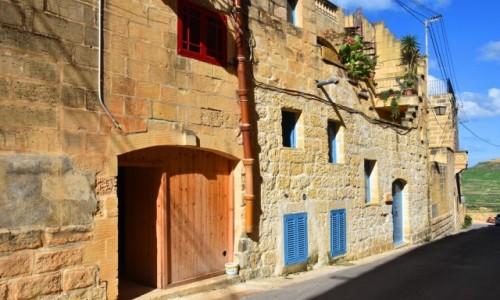 Zdjecie MALTA / wyspa Gozo / Gharb / Spacerując uliczkami w Gharb 2