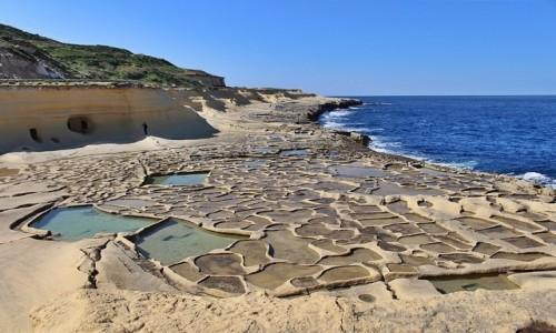 Zdjęcie MALTA / Gozo / - / Nabrzeżem...