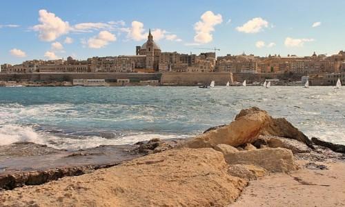 Zdjęcie MALTA / - / Valletta/widok z fortu Manoel / Wszystkie drogi prowadzą do... Valletty