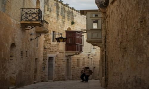 Zdjęcie MALTA / Malta / Mdina / Moja ulica murami rozdzielona ...