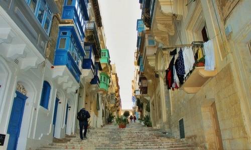 Zdjecie MALTA / - / Valletta / Uliczka
