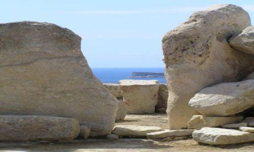 Zdjęcie MALTA / malta / Mnajdra / parę starych kamieni...