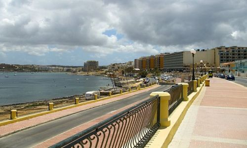 Zdjecie MALTA / Malta / Bugibba / Spacerując...