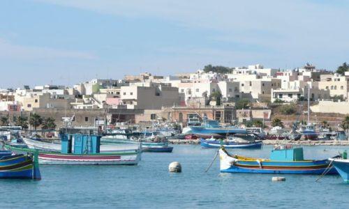 Zdjecie MALTA / Malta / Marsaxlokk / Kutry rybackie