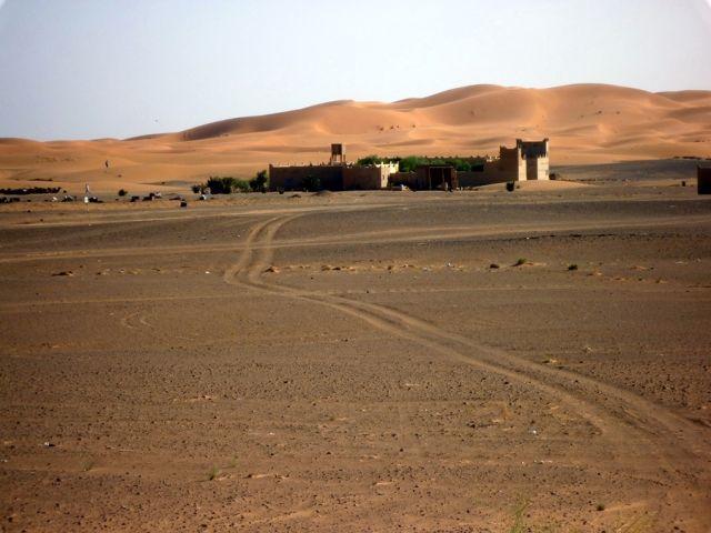 Zdjęcia: okolice Erfoud, południowo-wschodni kraniec Tafilant, Sahara z innej strony., MAROKO