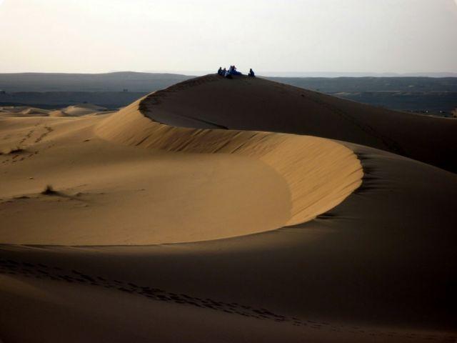 Zdjęcia: okolice Erfoud, południowo-wschodni kraniec Tafilant, Sahara, godz. 20:48., MAROKO