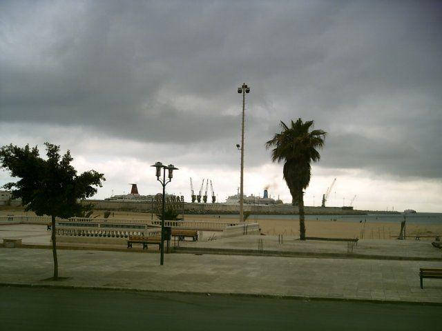 Zdjęcia: Tanger, PRZYSTAŃ PROMOWA, MAROKO