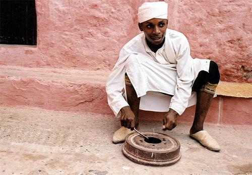 Zdjęcia: Meknes, Grajek, MAROKO