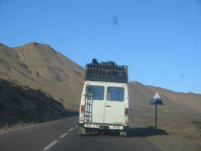 Zdjęcia: poludnie kraju, bezpieczny transport, MAROKO